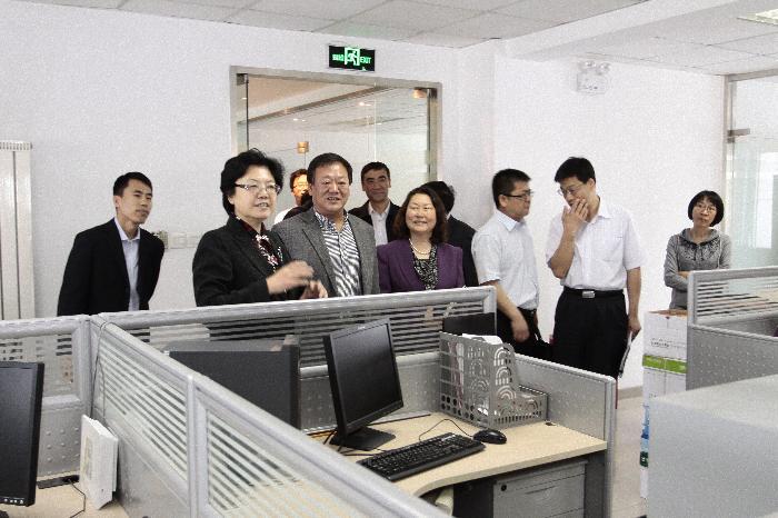 中国人口与发展研究中心_中国人口或将零增长?人口专家解读七普数据:未来呈