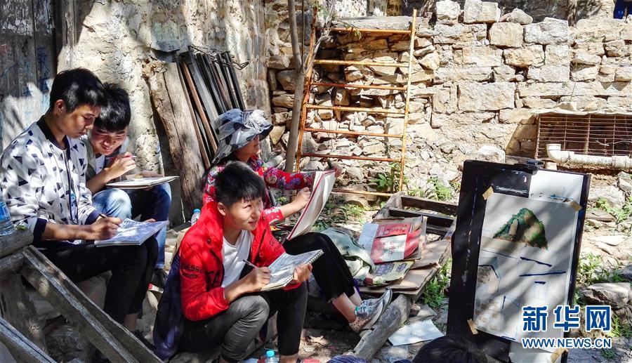 (社會)(9)郭亮村:絕壁公路建成四十年實現山村巨變