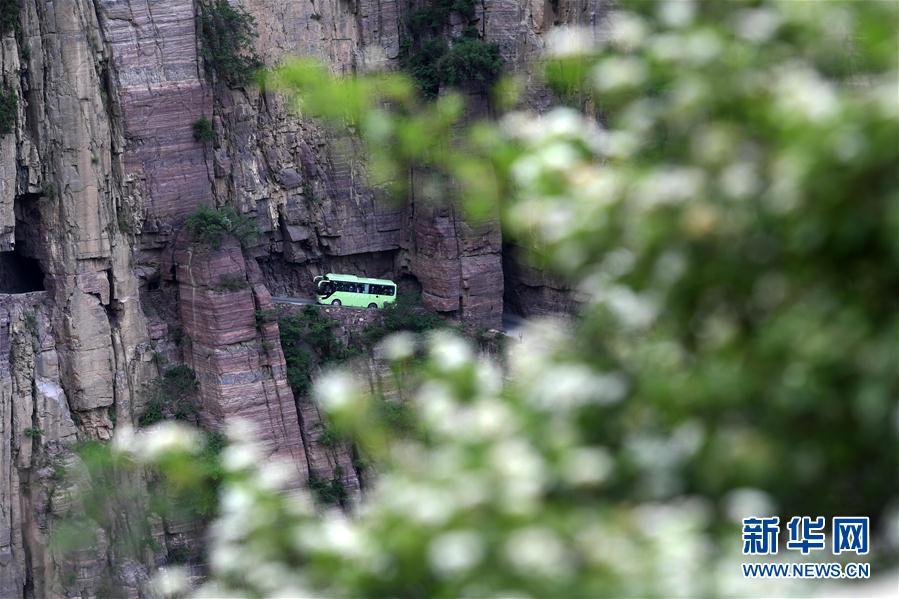 (社會)(13)郭亮村:絕壁公路建成四十年實現山村巨變