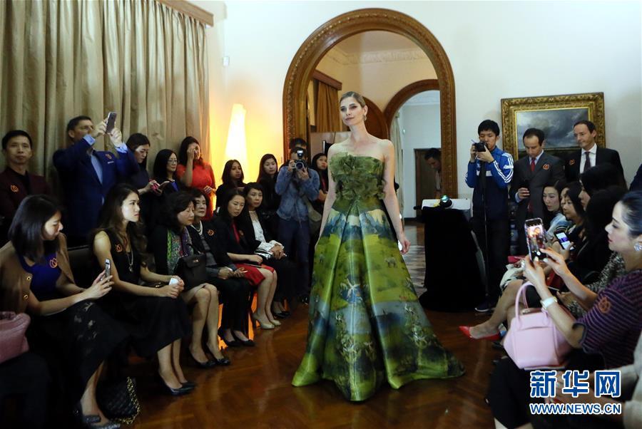 (香港回歸二十周年)(2)香港:時尚之都的風採