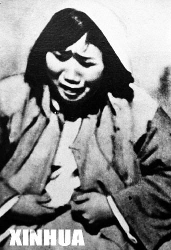 轮奸淫荡女子的第一次_图为被日军轮奸后的南京妇女的惨状.这张照片是从被俘日军手中缴获的.