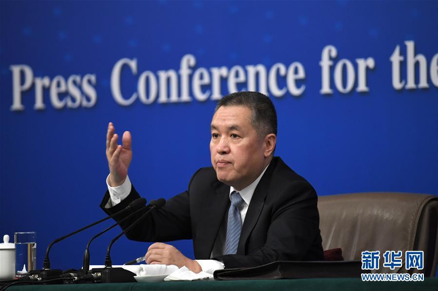 """(兩會)(4)國家工商總局局長張茅就""""深化商事制度改革""""答記者問"""