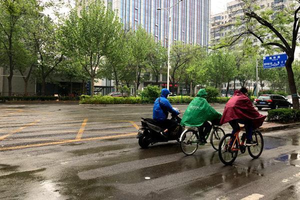 雨带南移至江南华南 江西广东等地迎暴雨