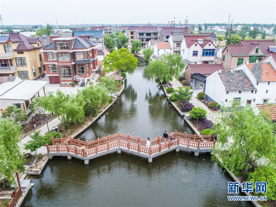 (新华全媒头条·图文互动)(2)新华社评论员:厚植生态文明 耕耘美丽中国