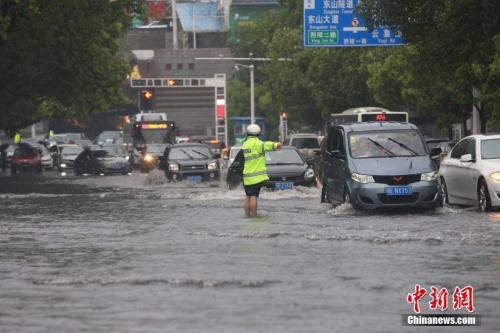 今日立夏:南方迎新一轮强降雨 多部门部署防汛只有你 暹罗之恋