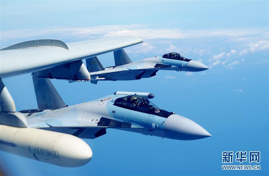(图文互动)(2)人民空军多型战机双向绕飞台岛巡航