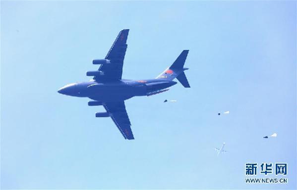 """(图文互动)(1)空军用""""生命线""""引领新时代练兵备战新航迹"""