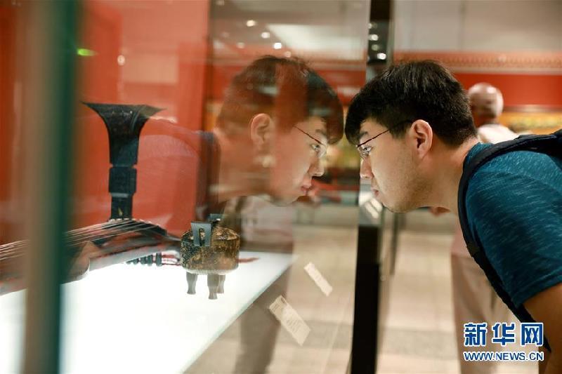 #(社会)(7)博物馆里感受历史魅力