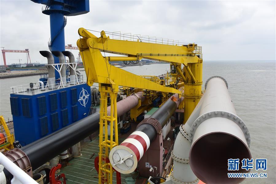 """(图文互动)(3)我国自主研发的疏浚重器""""天鲲号""""首次试航成功"""