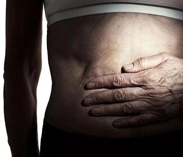 【健康】猛吃冰啤+麻小,害处可不仅是伤胃拉肚
