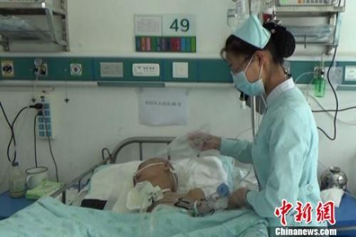 重庆时时彩2.1版本安卓:中国抗癌药品费用为何过高?国家卫健委回应