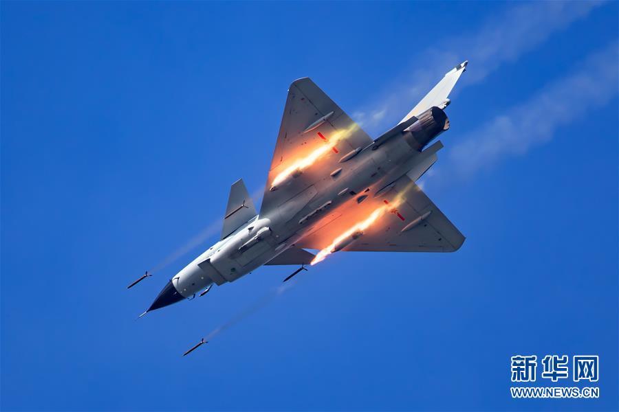 (图文互动)(2)空军轰—6K等五型战机和空降兵将赴俄参加国际军事比赛