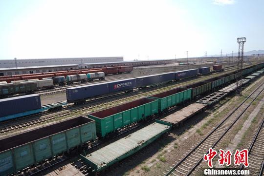 新疆兵团阿拉山口铁路护路民兵分队23年坚守保线路安全