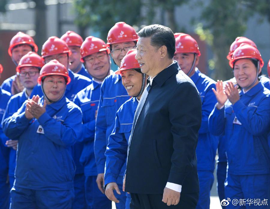 """习近平:装备制造业练好""""内功""""才能永立不败之地"""