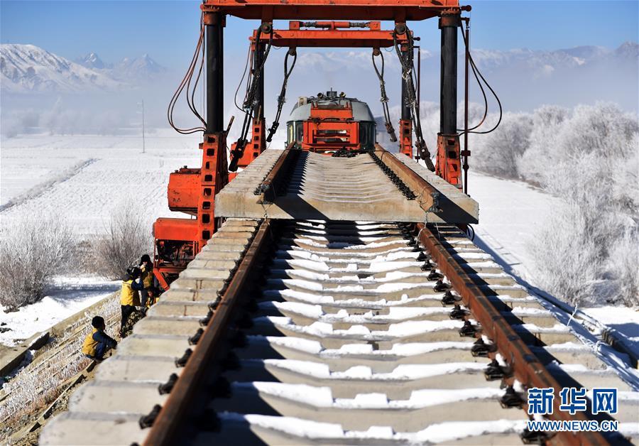 (经济)(4)川藏铁路拉林段施工持续进行