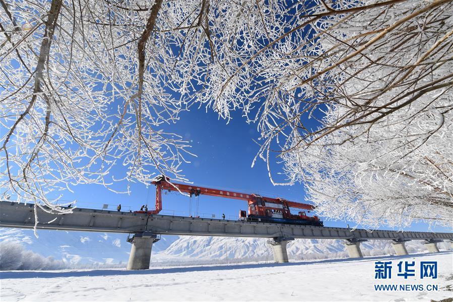 (经济)(7)川藏铁路拉林段施工持续进行