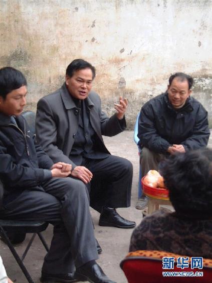 """(改革先锋风采·图文互动)(2)""""三峡之子""""冉绍之:做事老老实实,做人堂堂正正"""