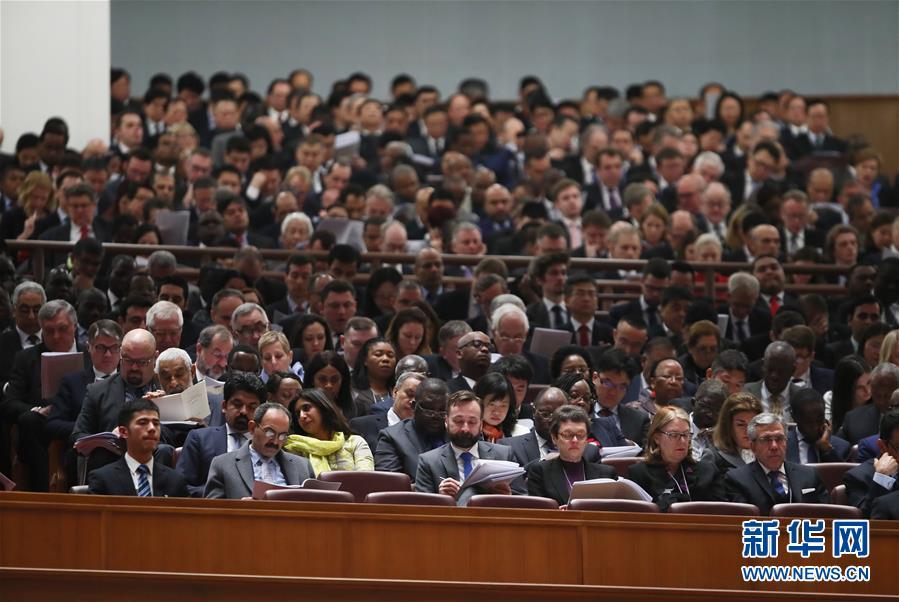 (两会·人大开幕·XHDW)(8)十三届全国人大一次会议在京开幕