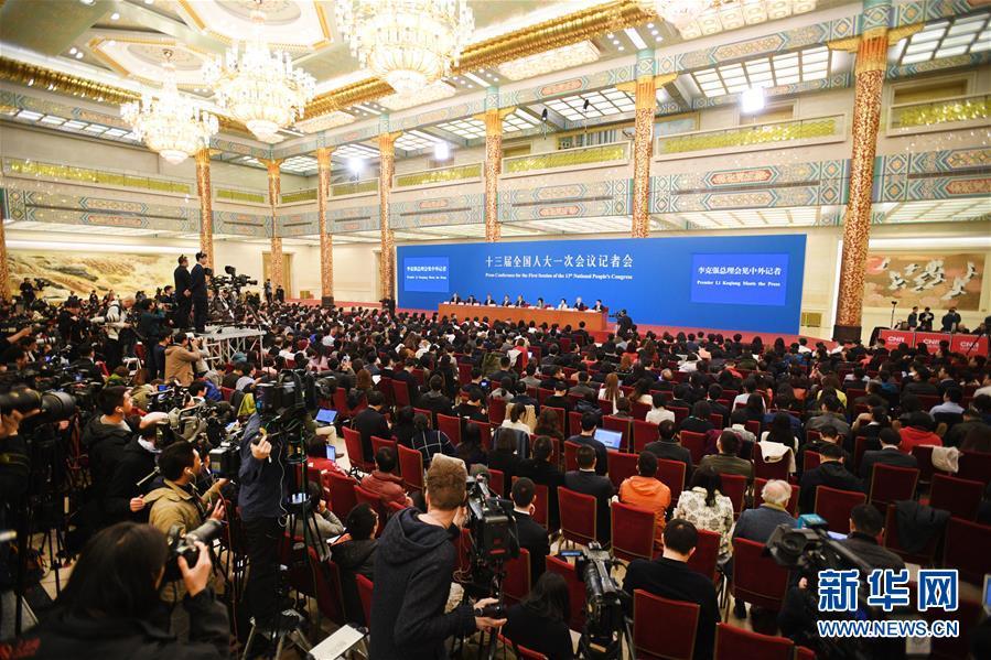 (两会)(2)国务院总理李克强等与中外记者见面