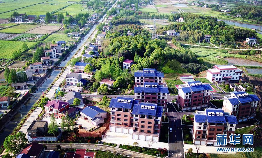 (新华全媒头条·图文互动)(10)沧海桑田一指间——6个村庄的70年巨变
