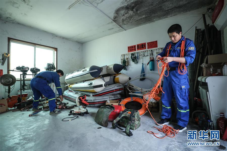 (圖文互動)(3)讓更多人樂于奉獻——遼寧葫蘆島愛心志願團隊群像