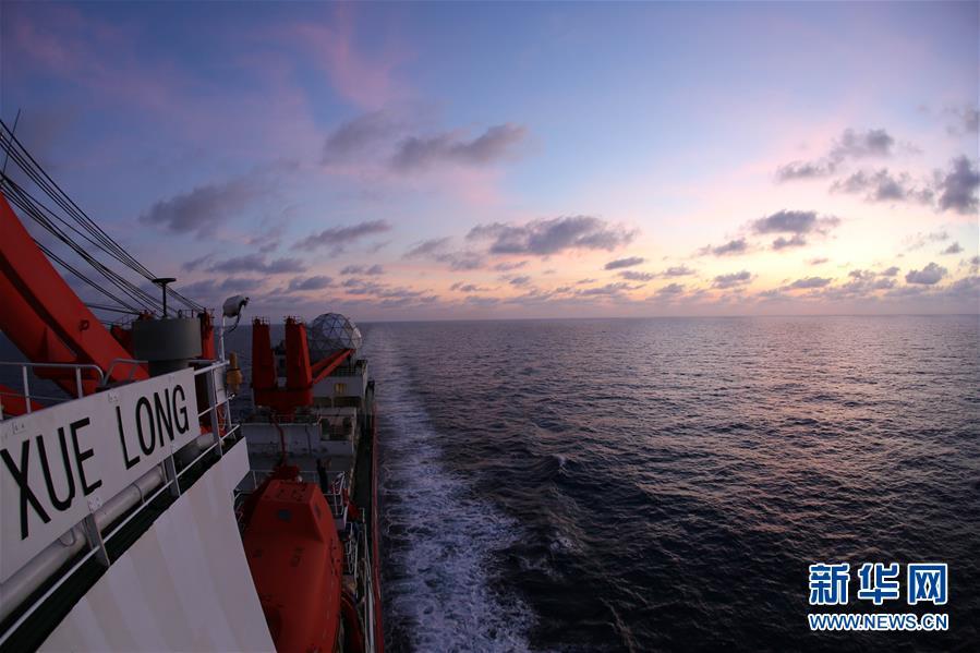 """(图文互动)(3)""""雪龙""""号驶入我国海域 中国第35次南极科考取得多项重要成果"""