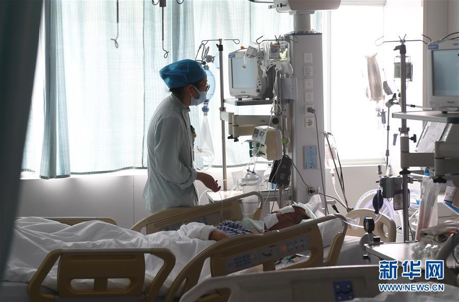 (新华全媒头条・响水化工厂爆炸事故・图文互动)(5)为了617个生命的赛跑――江苏响水爆炸事故伤员救治一线实录
