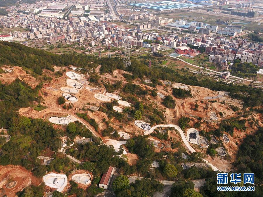 (新華視點·圖文互動)(6)福州沿海:密林深處、水庫旁邊,大片豪華活人墓偷偷建造……