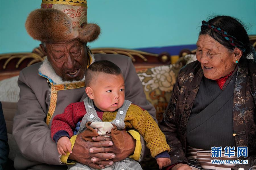 (新华全媒头条·图文互动)(4)人间正道是沧桑——一个昔日农奴家庭的60年变迁