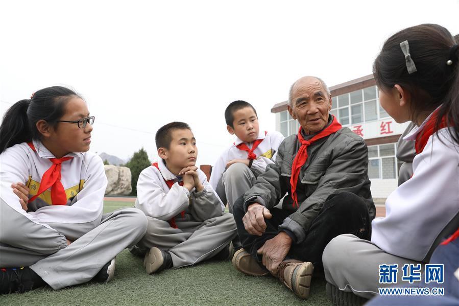 #(新华全媒头条・壮丽70年・奋斗新时代・图文互动)(6)奋斗的足迹――来自西柏坡的蹲点报告