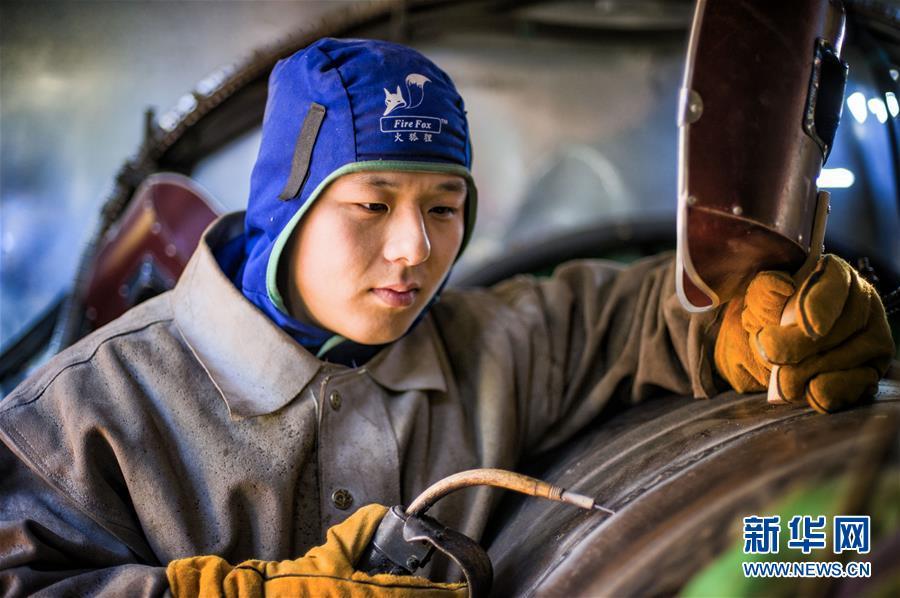 (新华全媒头条·爱国情 奋斗者·图文互动)(3)以青春之我,创青春中国——写在五四运动100周年之际