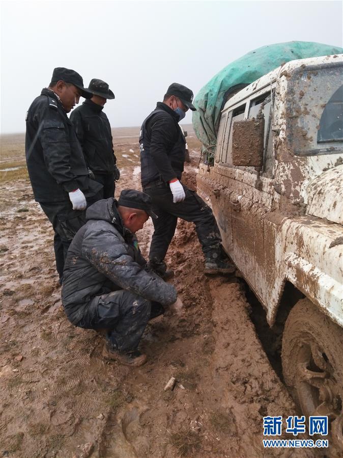 (愛國情 奮鬥者)(2)藏族巡山隊員龍周才加:把青春留在可可西裏