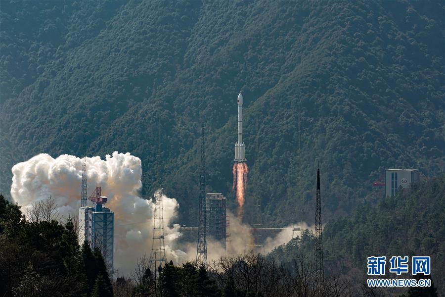 """(壯麗70年·奮鬥新時代·圖文互動)(2)這裏是中國航天的""""技術高地""""——揭開長徵火箭跨越成長的基因密碼"""