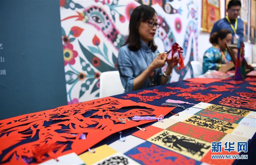 """(文化)(1)2019年""""文化和自然遗产日""""非遗主会场活动在广州举行"""