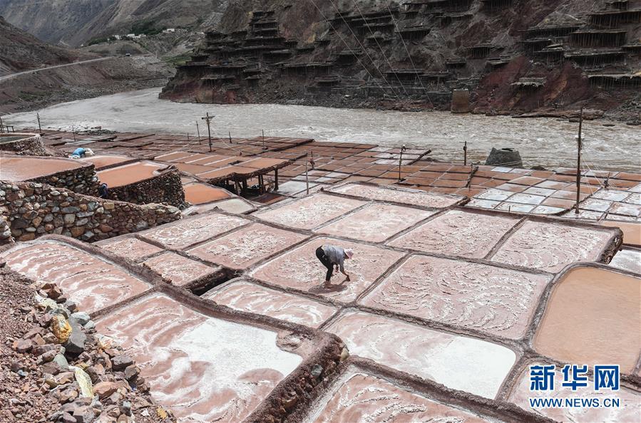 (图文互动)(6)大地的馈赠 风和阳光的作品——西藏芒康盐田的前世今生