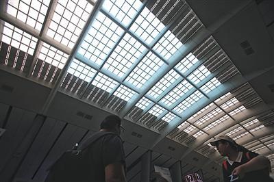 北京铁路:本周末将迎首个暑运客流高峰 天津、雄安可直达香港