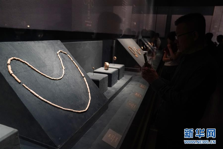 """(文化)(2)""""良渚與古代中國——玉器顯示的五千年文明""""展亮相故宮"""