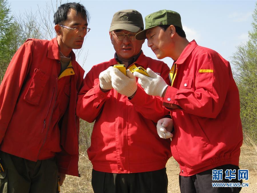(新华全媒头条·图文互动)(2)用生命守护那片绿色——追记内蒙古大兴安岭林区干部于海俊