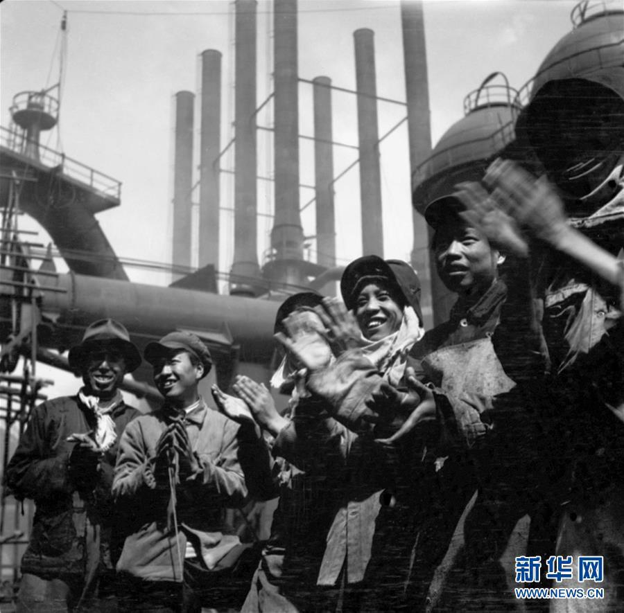 (新华全媒头条·图文互动)(4)亿万人民的奋斗史诗——献给共和国70年光辉历史的创造者