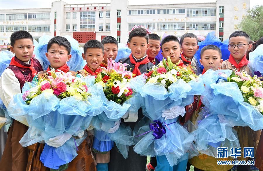 (壮丽70年·奋斗新时代——共和国发展成就巡礼·图文互动)(2)人间奇迹在高原——新中国成立70年西藏发展成就纪实