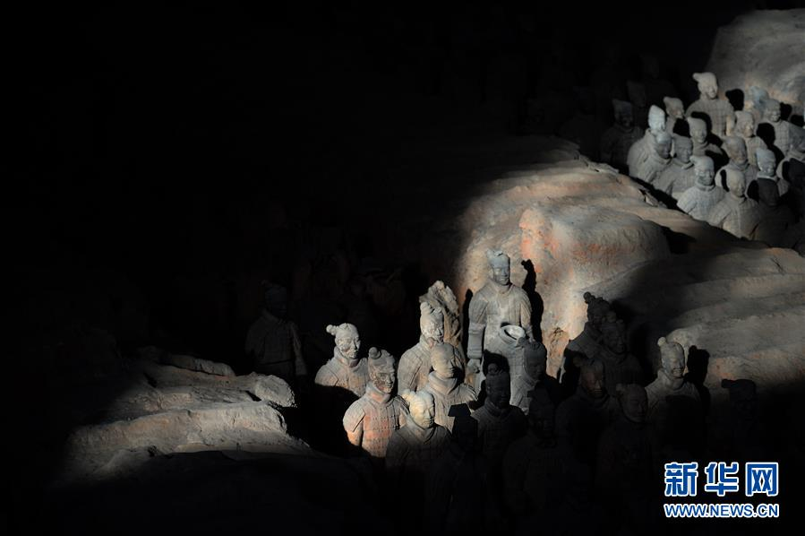 (新华调查·新中国考古重大发现·图文互动)(3)秦俑!秦俑!