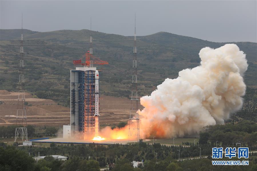 (航天)(1)我国成功发射资源一号02D卫星 搭载发射京师一号卫星和金牛座纳星