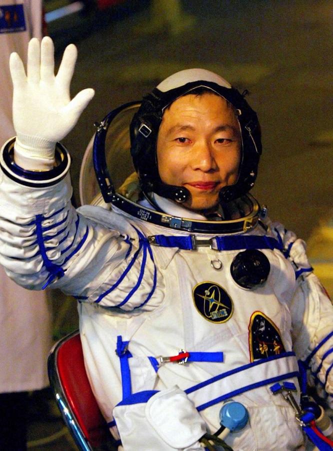 """台胞来稿:只有中国人才能看到的""""月到中秋分外明"""""""