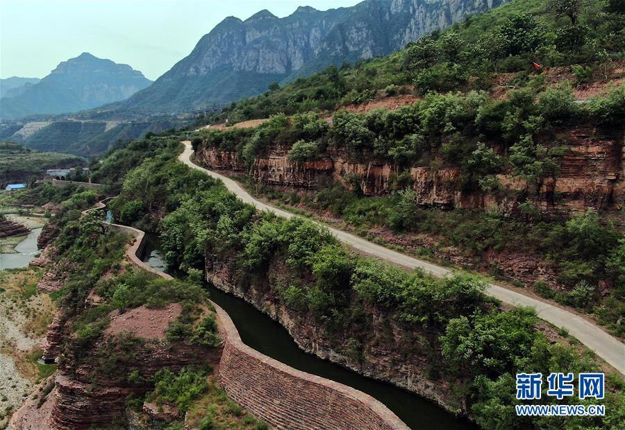 (新华全媒头条·图文互动)(7)中国道路越走越宽广——社会主义中国实践启示录