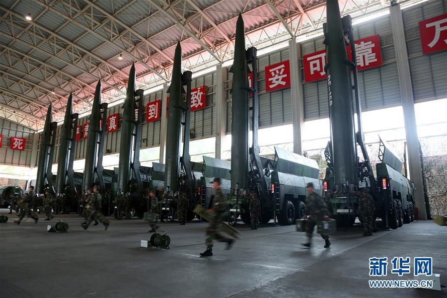 (新华全媒头条·图文互动)(11)沿着中国特色强军之路阔步前进——党中央、中央军委领导推进国防和军队建设70年纪实