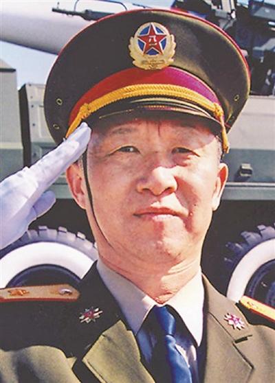 杨业功:使命在肩 为国仗剑