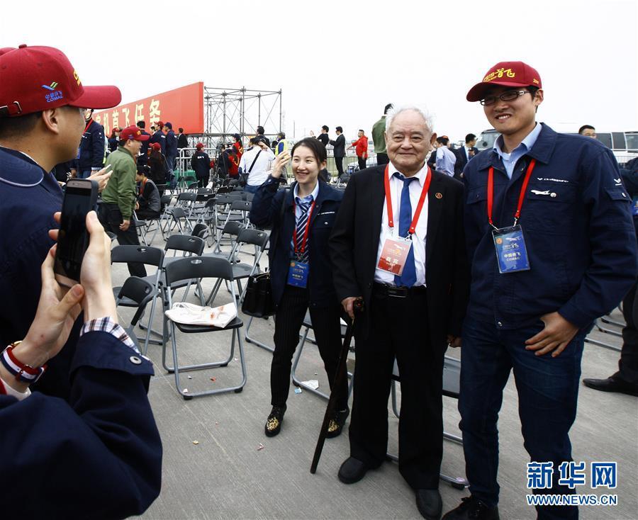 (新华全媒头条·图文互动)(3)人间正道是沧桑——献给中华人民共和国70周年华诞