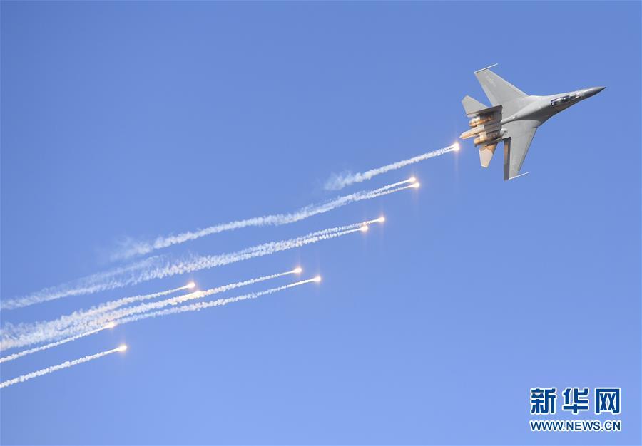 (军事)(12)空军以全盛阵容展翅长春庆祝成立70周年