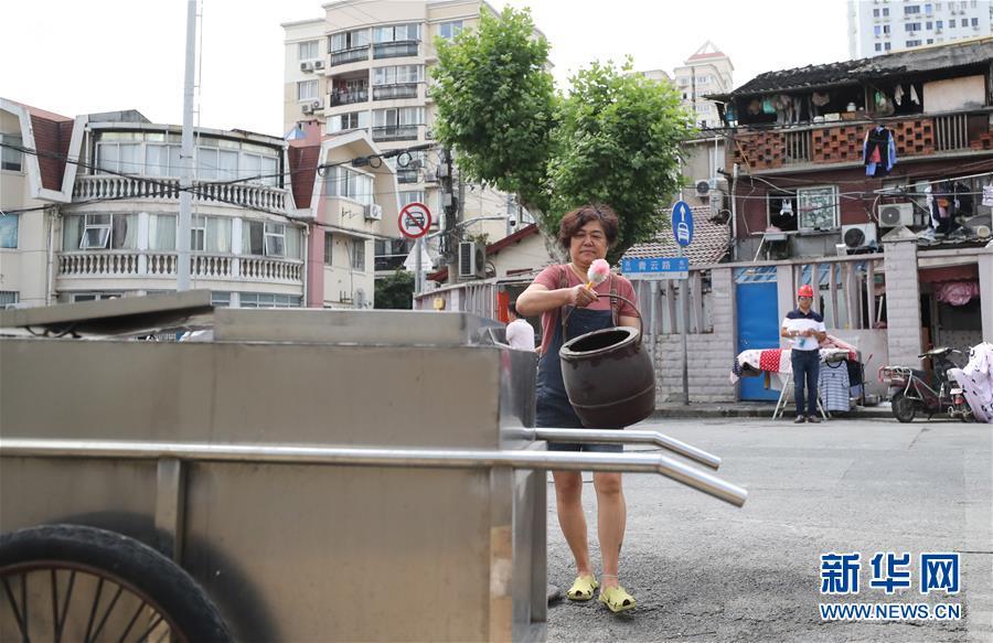 """(新華全媒頭條·圖文互動)(7)上海:""""三只桶""""裏看變化"""