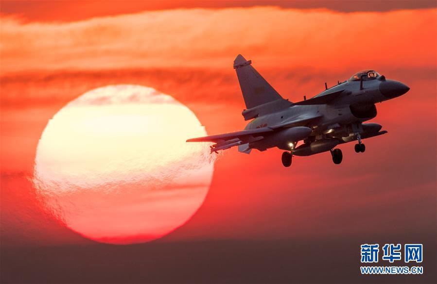 (人民空軍70年·圖文互動)(1)奮飛空天向打贏——人民空軍戰斗力建設成就述評
